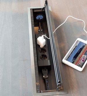 Bi-Box Stor öppningsbar lucka och kabeldike