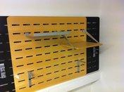 Bordsskärm Björk perforerad 800x680 mm inkl hyllor