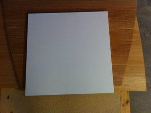 Skiva 600x600 mm, vit högtryckslaminat, rak kantlist prof. 6